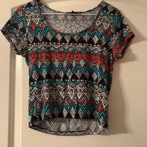 Crop top with geometric pattern